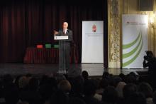 A Benka igazgatónője, Molnár Istvánné Bonis Bona-díjban részesült – Ígérik: 2020-ig évente plusz egymilliárd forint lesz tehetséggondozásra