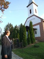 A Teremtés hetének zárása: Gyümölcsök, tyúkok, kalandpark, no meg a hálaadás – Gáncs Péter püspök Dunaújvárosban és szórványaiban szolgált