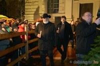Fellobbant a láng a második gyertyán – Szegeden is