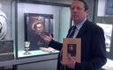 Gáncs Péter tárlatvezetése az Evangélikus Országos Múzeumban