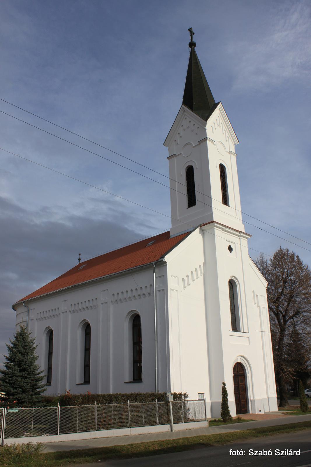 Uram, szeretem a te házadat! – 150 éves a kaposszekcsői evangélikus templom
